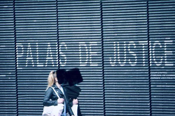 Cour criminelle de Caen : l'affaire d'un prédateur sexuel jugée pendant 3 jours. Il a piégé sur internet et violer des jeunes filles de 15 à 22 ans.
