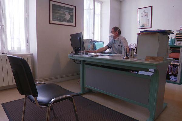 Le cabinet du Dr Poitreneau à Decize, l'un des trois derniers dermatologues de la Nièvre