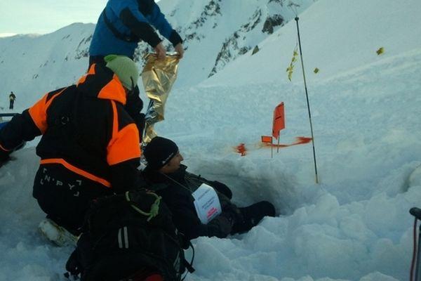 L'exercice simulait une avalanche avec 6 personnes ensevelies