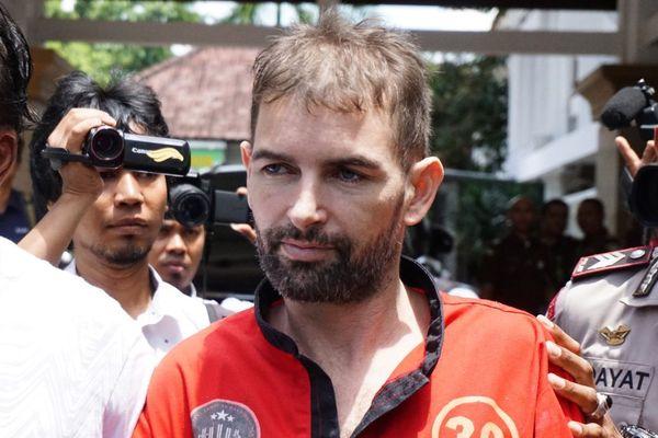 Félix Dorfin en février, alors qu'il est conduit au tribunal.