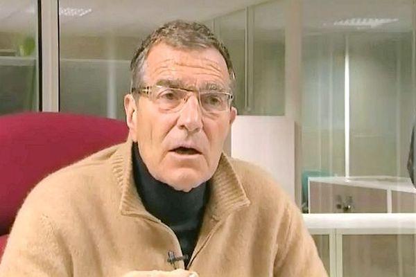 Gérard Bourgoin exclut pour l'instant l'hypothèse d'un dépôt de bilan pour l'AJA