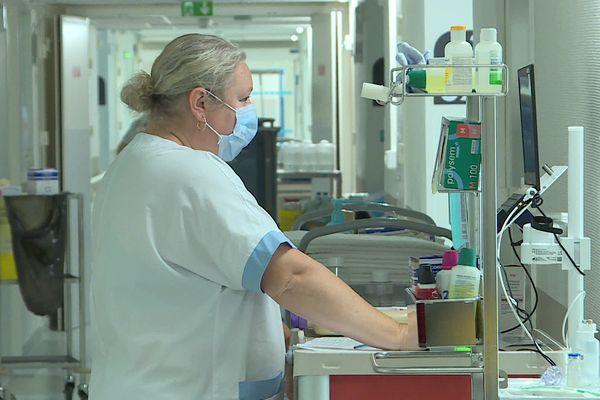 En Charente-Maritime, 38 malades du Covid-19 sont hospitalisés, dont 5 en réanimation.
