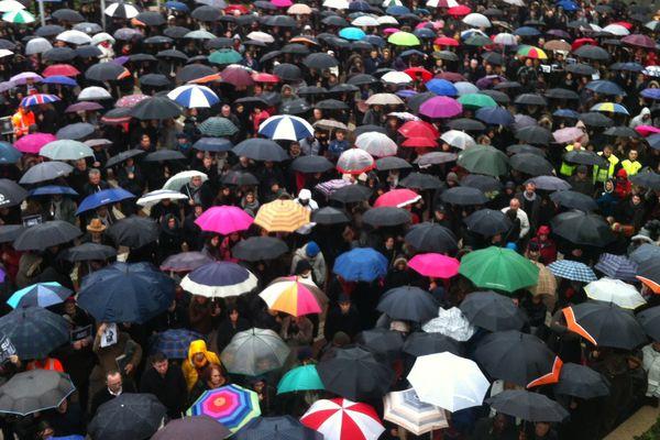 Les Angevins ont bravé la pluie pour se retrouver à midi