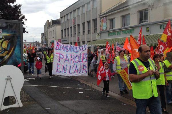 Manifestation des salariés de Delpeyrat dans les rues de Thouars (79) en septembre dernier.