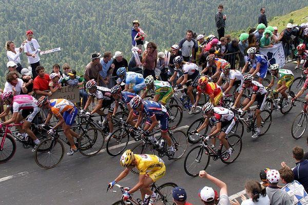 Le Tour de France sera dans le Cantal lundi 15 juillet pour l'étape Saint-Flour-Albi. (Photo d'archives)