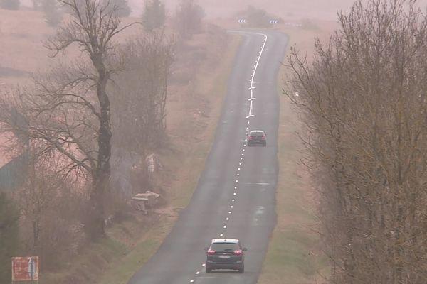 En Aveyron, la limitation de vitesse va être relevée à 90Km/h sur plus de 1.000 kilomètres de routes départementales, soit un sixième des 6.000 kilomètres du département.