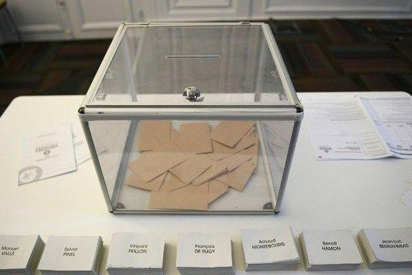 Sept candidats sont en lice pour le premier tour de la primaire de la gauche le dimanche 22 janvier 2017