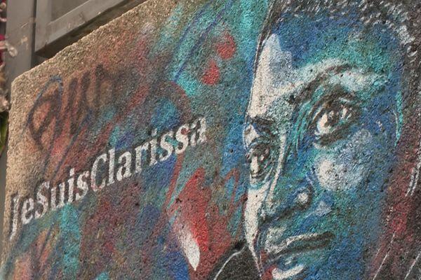 Un portrait de Clarissa Jean-Philippe réalisé par l'artiste C215 à Montrouge (Hauts-de-Seine).