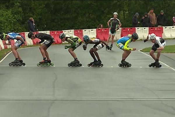Les participants au Championnat de France se sont affrontés sur la piste de Château-Gontier.