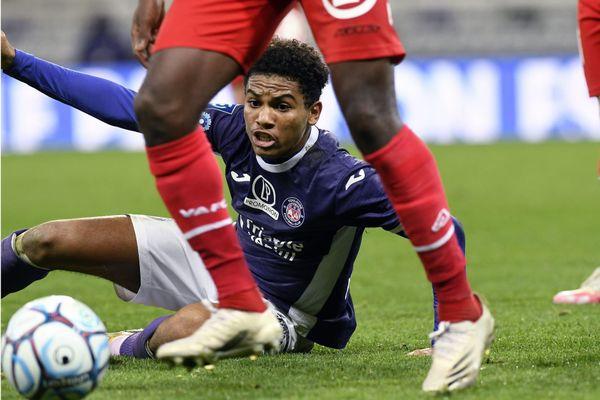 Le TFC reçoit Valenciennes lors de la 10e journée du Championnat de ligue 2 - Le joueur du TFC Amine Adli
