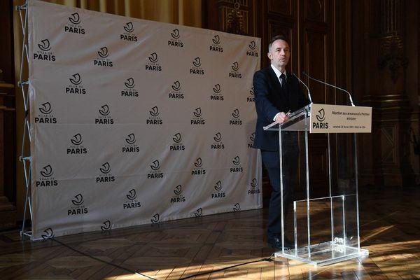 """Selon Emmanuel Grégoire, premier adjoint à la maire de Paris, sa proposition de reconfinement n'était qu'une """"hypothèse""""."""