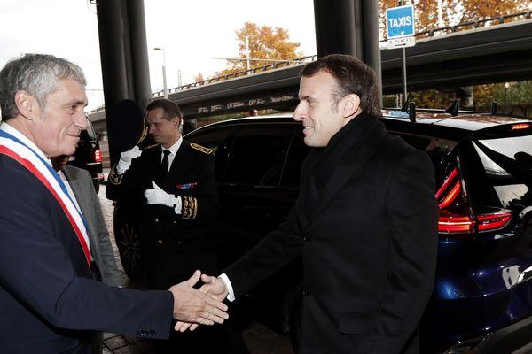 Philippe Saurel, maire de Montpellier accueille Emmanuel Macron, président de la République, le 3 décembre 2019.