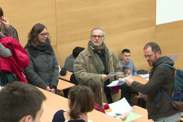 C'est le premier blocage d'examen à la faculté des sciences depuis le début de la contestation contre la réforme des retraites.