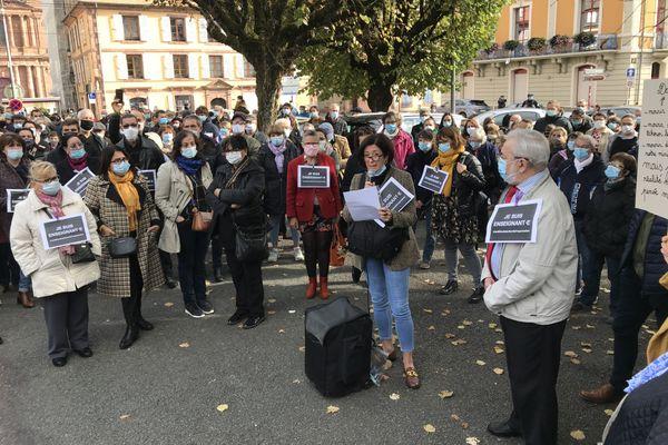 A Belfort, ils étaient plus de 300 à se rassembler en hommage à Samuel Paty.