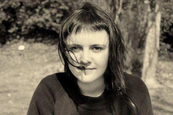 Image d'Axelle Place, victime française du drame, visible sur son profil Facebook.