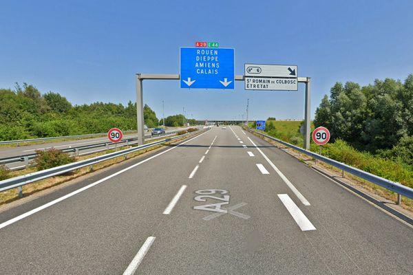 Autoroute  A29 dans le sens Le Havre > Abbeville avant le péage d'Epretot (Seine-Maritime)