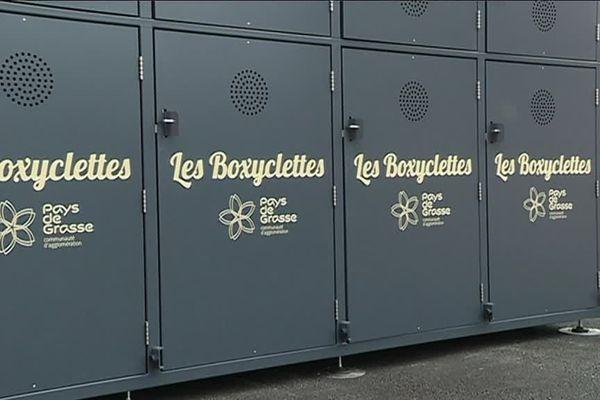 Des boxyclettes, des casiers fermés où l'on peut mettre à l'abri sa bicyclette