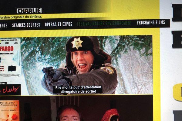 Chaque jour pendant le confinement, le cinéma Le Club a publié une photo détournée tirée d'un film.