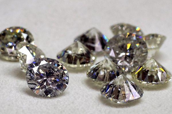 Un vol de diamants de 4,2 millions de livres (près de 5 millions d'euros), digne d'un roman policier