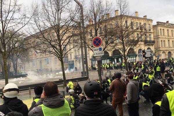 La situation se tend place Pey Berland à Bordeaux