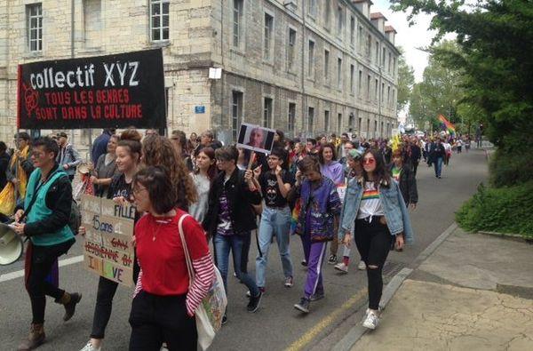 Besançon en marche contre l'homophobie et la transphobie.