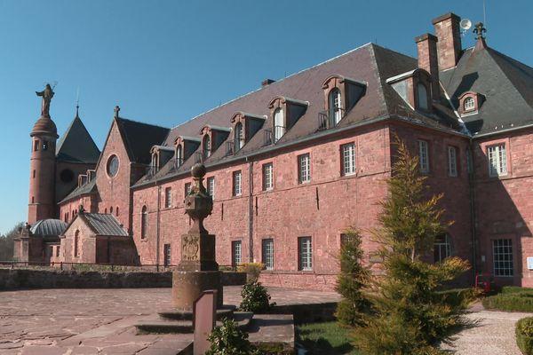 Le Mont Sainte-Odile est la propriété de la Mense Épiscopale de Strasbourg depuis 1853.