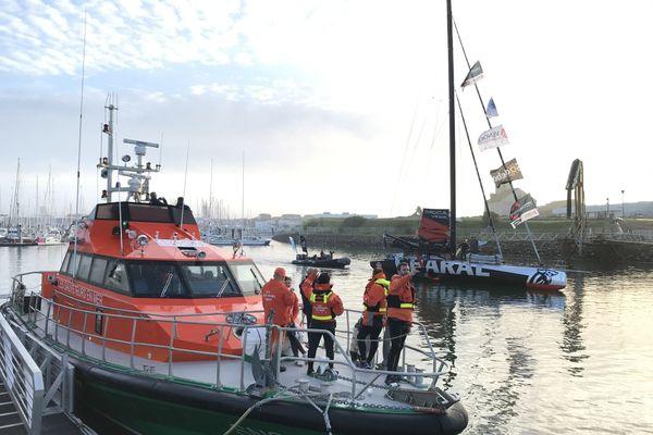 La SNSM présente à la descente du chenal par les skippers
