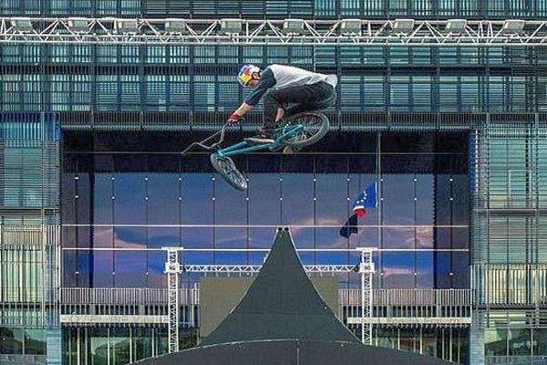 Montpellier - compétition de BMX devant la mairie - 2018.