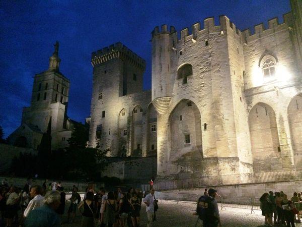 Le Palais des Papes, scène prestigieuse du Festival d'Avignon