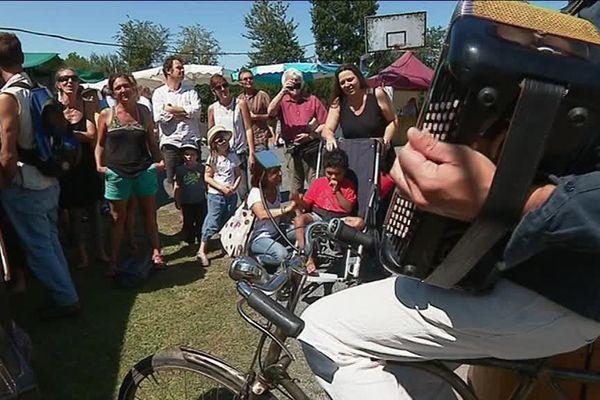 6 000 personnes se sont déplacées aux Carrioles, festival ancré dans la ruralité qui mixe artisanat et culture.
