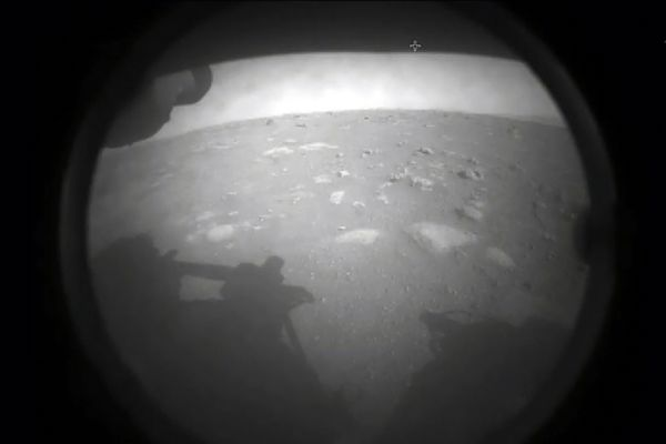 La première photo de mars envoyée par le rover Perseverance.