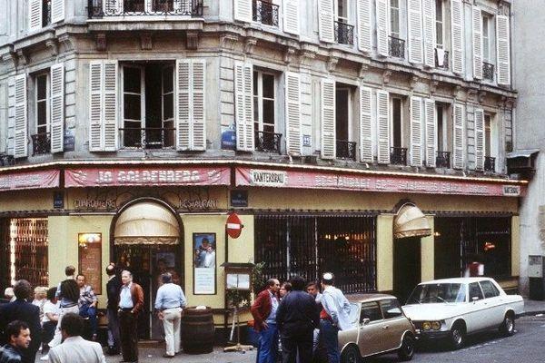 Le restaurant Jo Goldenberg où a eu lieu l'attentat, photo du 11 août 1982 à Paris