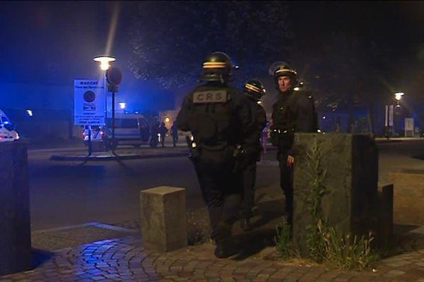 Les policiers à Nantes dans la nuit du 3 au 4 juillet 2018