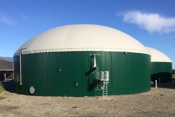 Les cuves de la centrale des Terres de Montaigu digèrent 30 000 tonnes de matières organiques par an pour les transformer en biométhane.