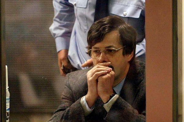 Marc Dutroux photographié lors de son procès en 2004.