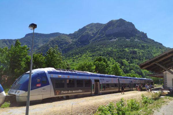 Le train des Merveilles au printemps 2020.