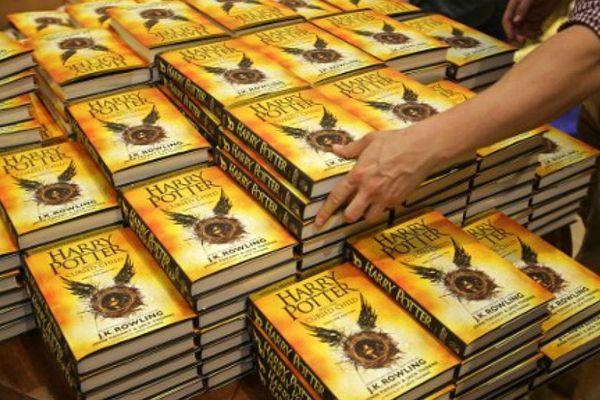 Harry Potter et l'enfant maudit, le huitième opus de la saga, a été publié il y a trois mois dans le monde anglophone.