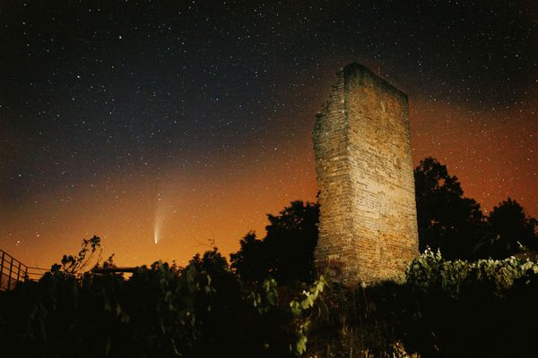 La comète Neowise à Toulouse-le-Château dans le Jura.