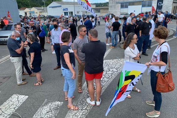 Viviez (Aveyron) - manifestation populaire pour soutenir les salariés de la SAM - 7 juillet 2021.
