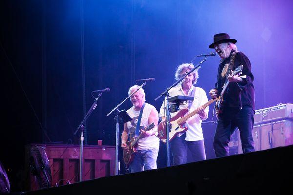 Neil Young & Crazy Horse : deux heures et vingt minutes de concert !