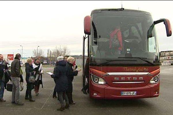 Une trentaine de sympathisants de l'Allier sont en route pour le Trocadéro à Paris.