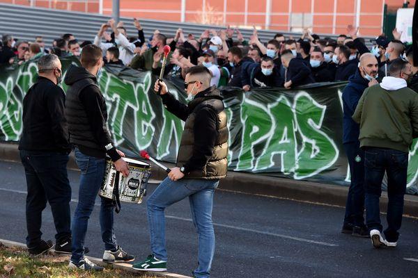 Après l'Etrat, les supporters des Verts à Geoffroy-Guichard (26e journée)