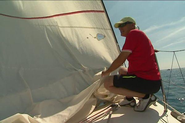 En formation à l'ECCM d'Antibes pour apprendre à être marin...