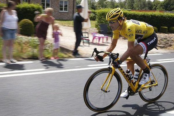Cancellara portera le maillot jaune pour la troisième étape du Tout de France entre Anvers et Huy.