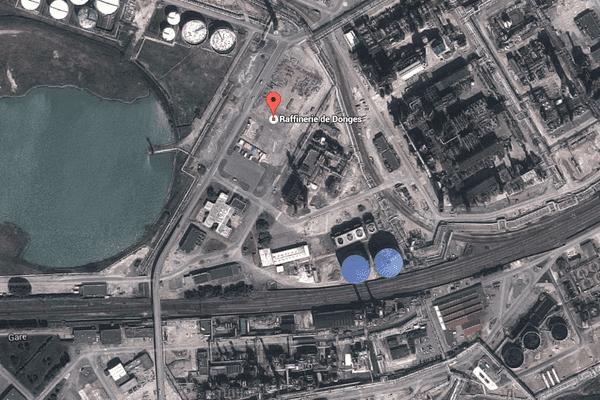 La raffinerie Total à Donges est traversée par une voie ferrée