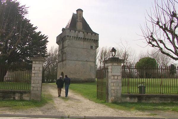 Château de Matha (17)
