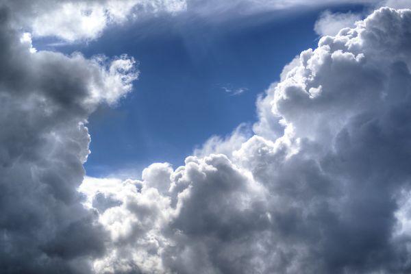 Des nuages menaçants (image d'illustration).
