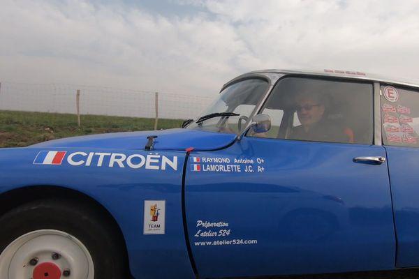 Michel Boutias est dans une DS 21 67 qui est préparée pour le rallye Monte-Carlo historique 2020, qui passera dans la Drôme et en Ardèche ce week-end du 1er et 2 février.