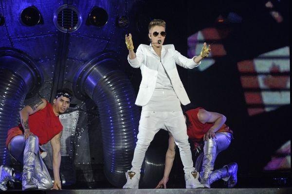 """Justin Bieber sera ce mardi soir en concert à Paris Bercy à l'occasion de sa tournée """"Believe Tour"""". Un événement que les fans du chanteur canadien attendent depuis près d'un an."""