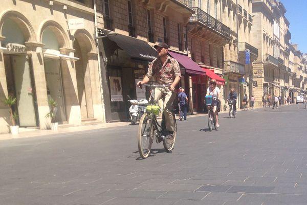 Près de 80 000 personnes, ou 12% des habitants de la métropole, font au moins une fois du vélo chaque jour.